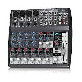 MIXER AUDIO STEREO 4 CH 4 ING. MIC.+12 ING. LINE C